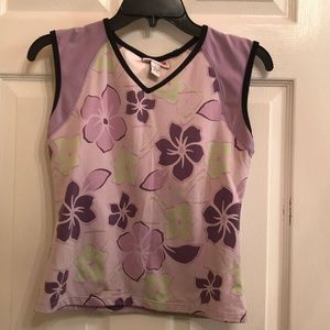 Size small Style &Co sleeveless sports top.